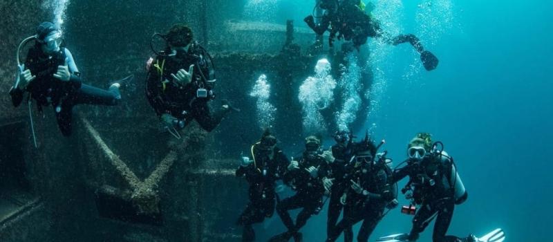 group_scuba_diving_ex_hmas_tobruk_1030x683_lg